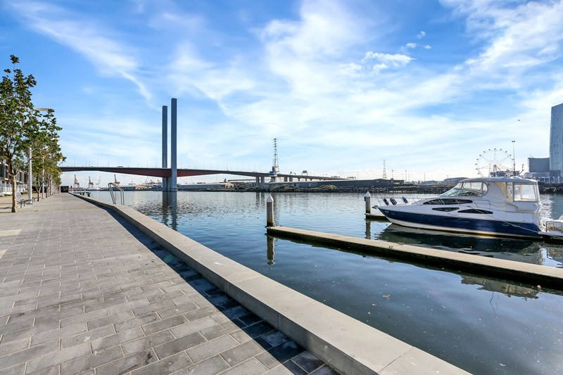 Apartments Docklands - Apartment for Sale Docklands